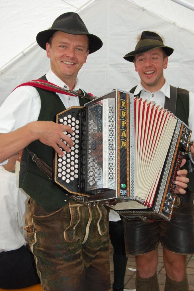 Volksmusik mit Manfred und Karl
